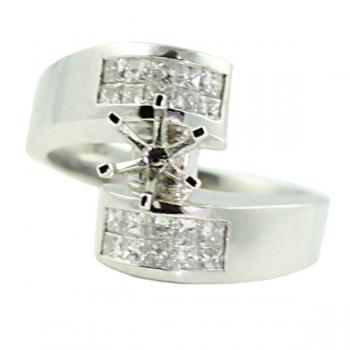 Classic Platinum Diamond engagement ring with a princess-cut invisible setting