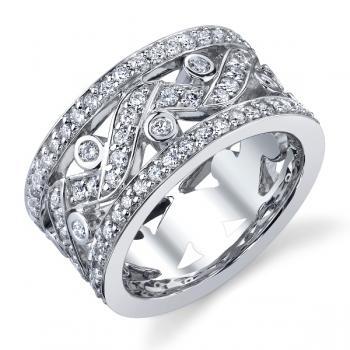 18K WHITE GOLD AND DIAMOND FASHION RING