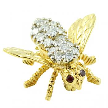 Charming, sparkling Bee Pin-an added touch of style to any outfit