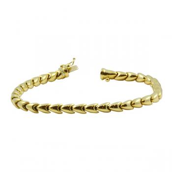 Elegantly sophisticated a solid Gold bracelet