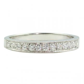 Fashionable milgrain Diamond ladies' wedding band