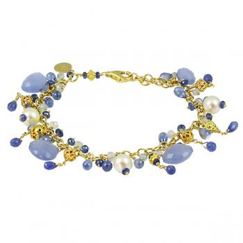 Beautiful collectable Blue Chalcedony Sapphire 'Heirloom' bracelet with Fresh Water Pearls