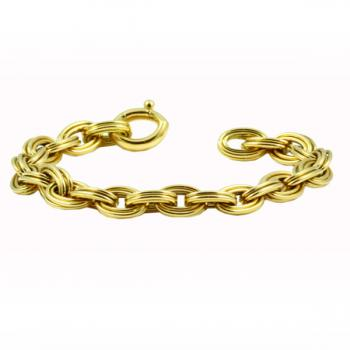 Classic Yellow Gold chain-link bracelet that can be worn at the office or an evening out
