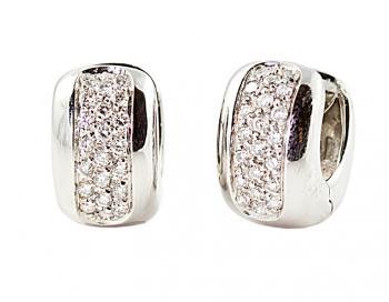Elegant, stunning Diamond �Huggie� earrings set in White Gold