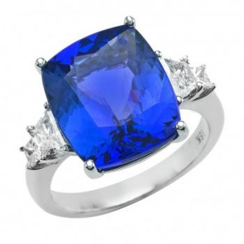Gorgeous Blue Sapphire and Diamond Ring