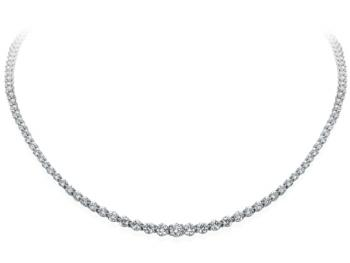 PLATINUM AND GRADUATED DIAMOND NECKLACE
