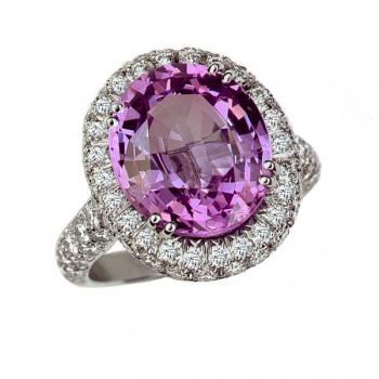 MAUVE SPINEL AND DIAMOND RING